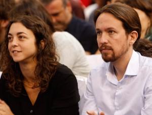 La eurodiputada de Podemos Tania González y Pablo Iglesias